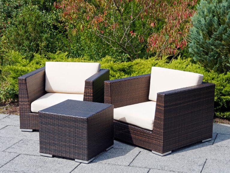 Noleggio tavoli e sedie per esterni